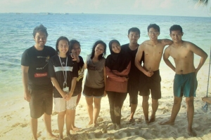 Teman camping saya, dari kiri Roland, Chaadom, Oline, Saya, Astrid, ..., Chemi, Dimas