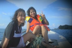 Snorkeling lagi, kali ini bareng sahabat tercinta Chaadom