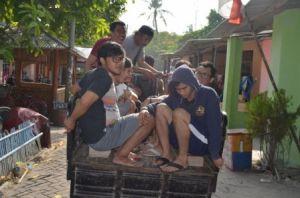 Alat transportasi kami selama di Pulau Pari yang disebut andong oleh warga sekitar