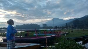 Gunung Merbabu dilihat dari Rawa Pening