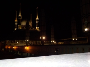 Masjid Agung Jawa Tengah tampak samping