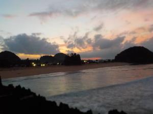 Sunrisenya tertutup awan :(